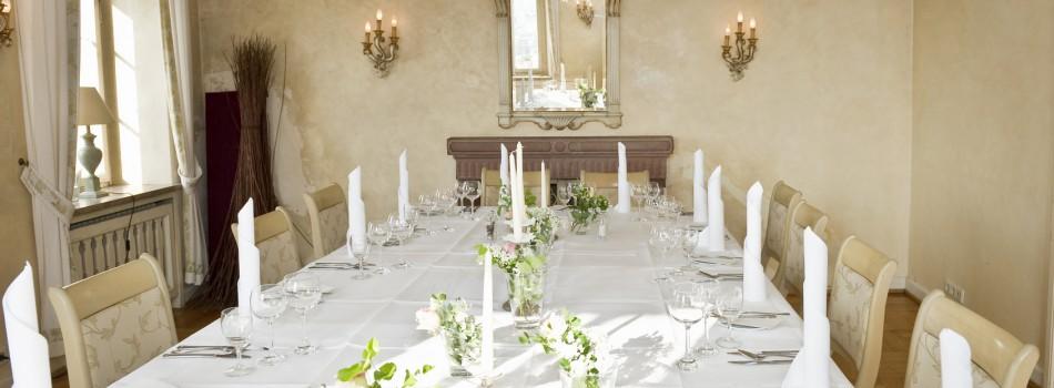 Tipps und Tricks für die perfekte Tischordnung auf Ihrer Hochzeit