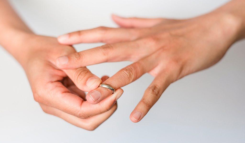 Ring ablegen