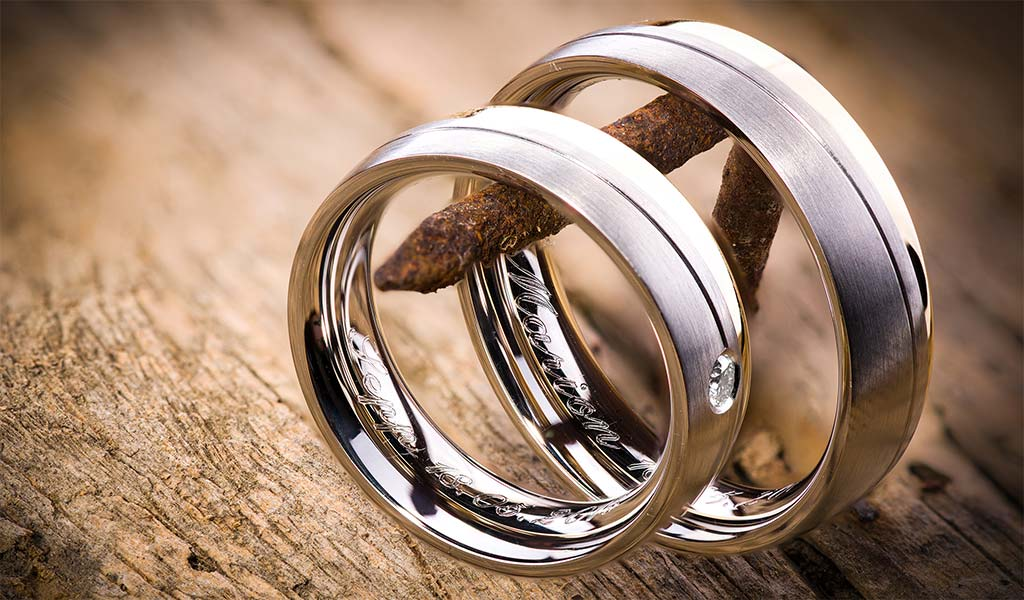 Perfect Wedding Ring Engraving Ideas for Any Couple in Love